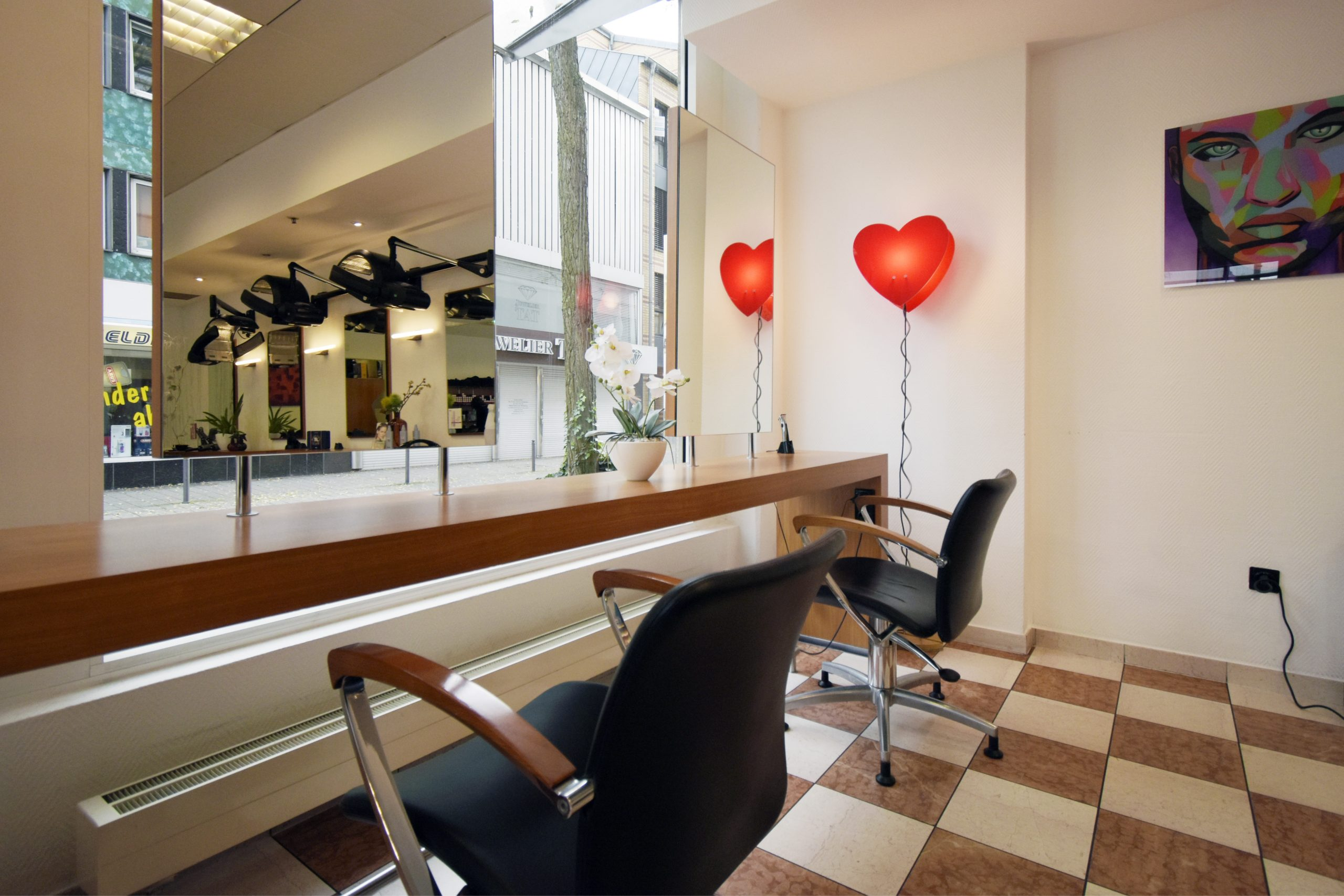 Einkaufszentrum Wuppertal JP Haircompany